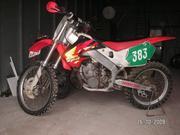 Продается кроссовый мотоцикл